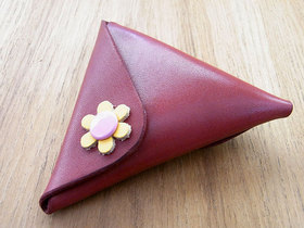 三角コインケース「sakka」赤