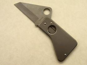 スパイダーカードをオープン。ナイフ形状になる。