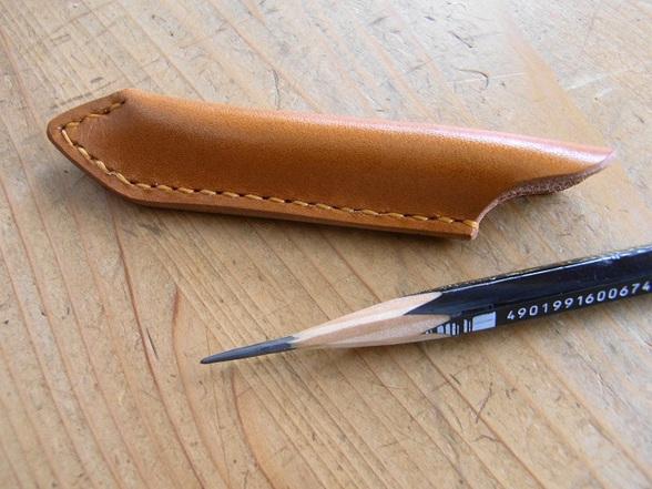 デッサン鉛筆を使う方にオススメ 大人のペンシルキャップ