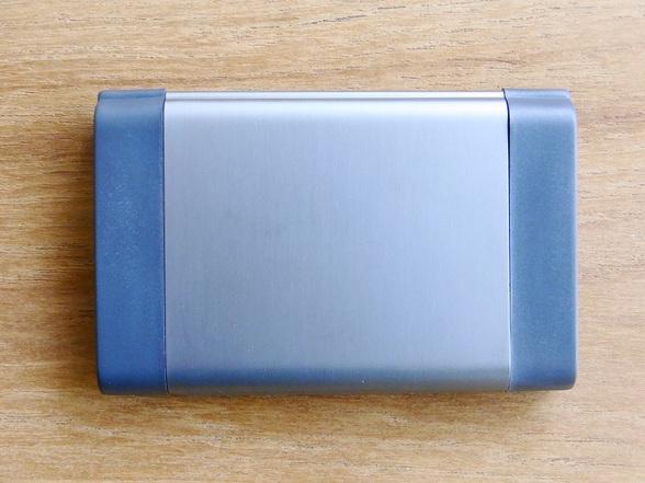 CARD型携帯灰皿