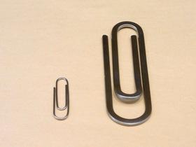 クリップ型マネークリップと文具のクリップ比較