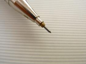 ペン型ケガキ針の先端